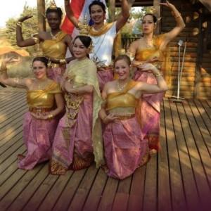 thai dancers in SA